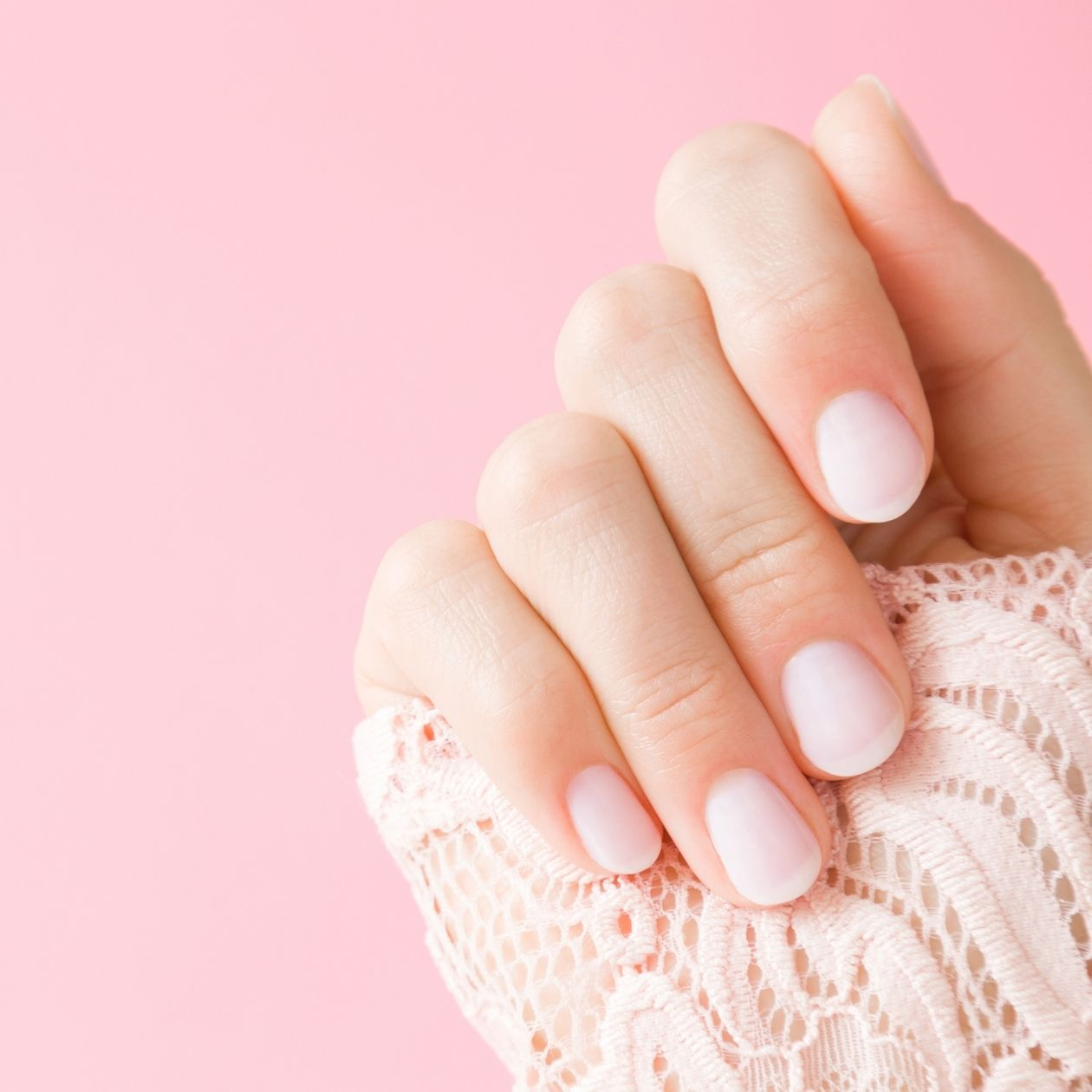 How to Get Nails that Look Amazing, Naturally